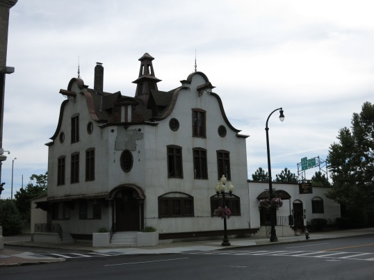 The Hudson Harbor Restaurant
