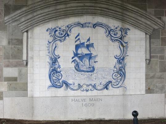 "Memorial to Hudson's ship the ""Halve Maen"" (Half Moon), Albany New York"
